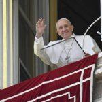 Francisco no Angelus: sempre em tempo para curar com o bem o mal feito